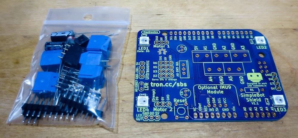 Freetronics SimpleBot Shield Kit CE04520 Freetronics Australia (Feature image)